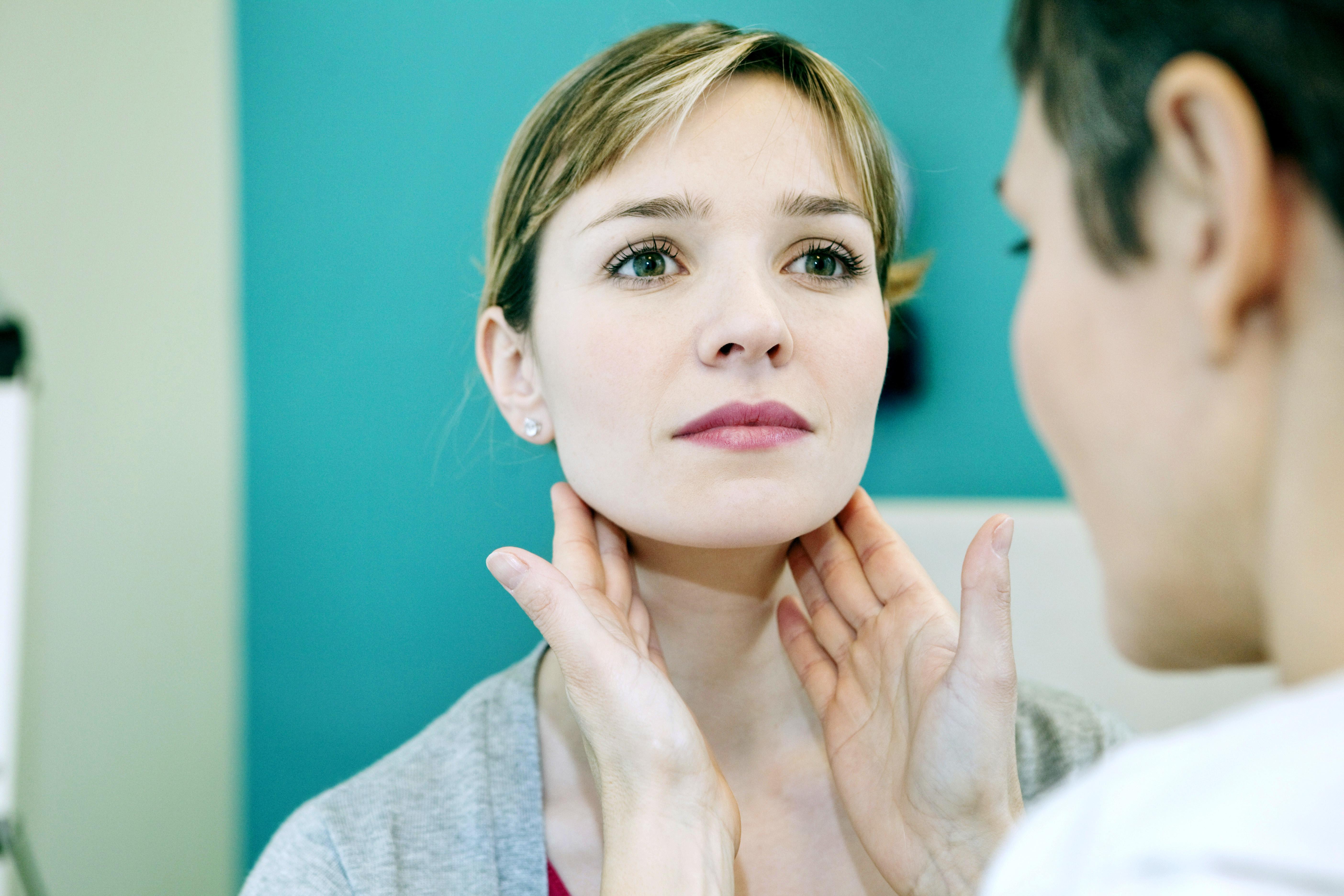 Bei Frauen wird eine Schilddrüsenunterfunktion häufig diagnostiziert.
