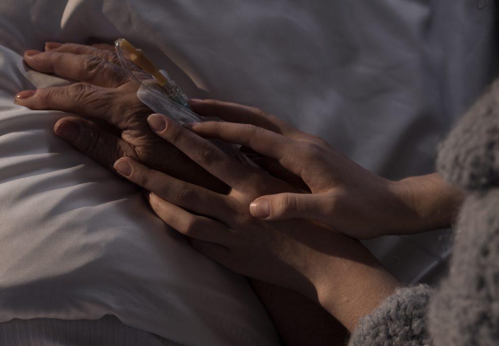 Palliativmedizin - die meisten möchten zu Hause sterben. Ein Palliativ Care Team macht dies möglich.